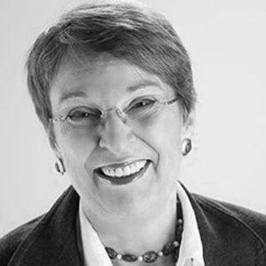 Portrait Martina Bloch Business Development